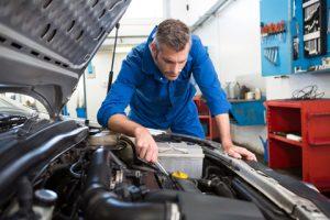garage-mecanique-mecanicien